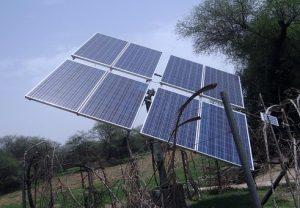 Fihavanana Breizh'Mada - pose de panneaux solaires