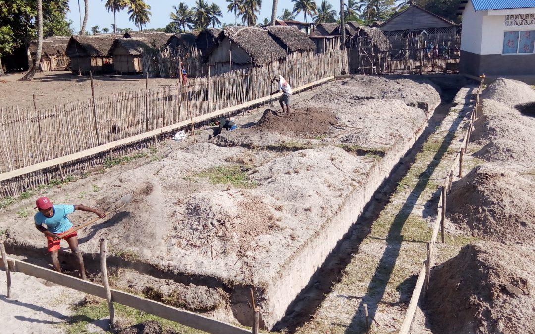 Construction de l'école primaire Ankatafana
